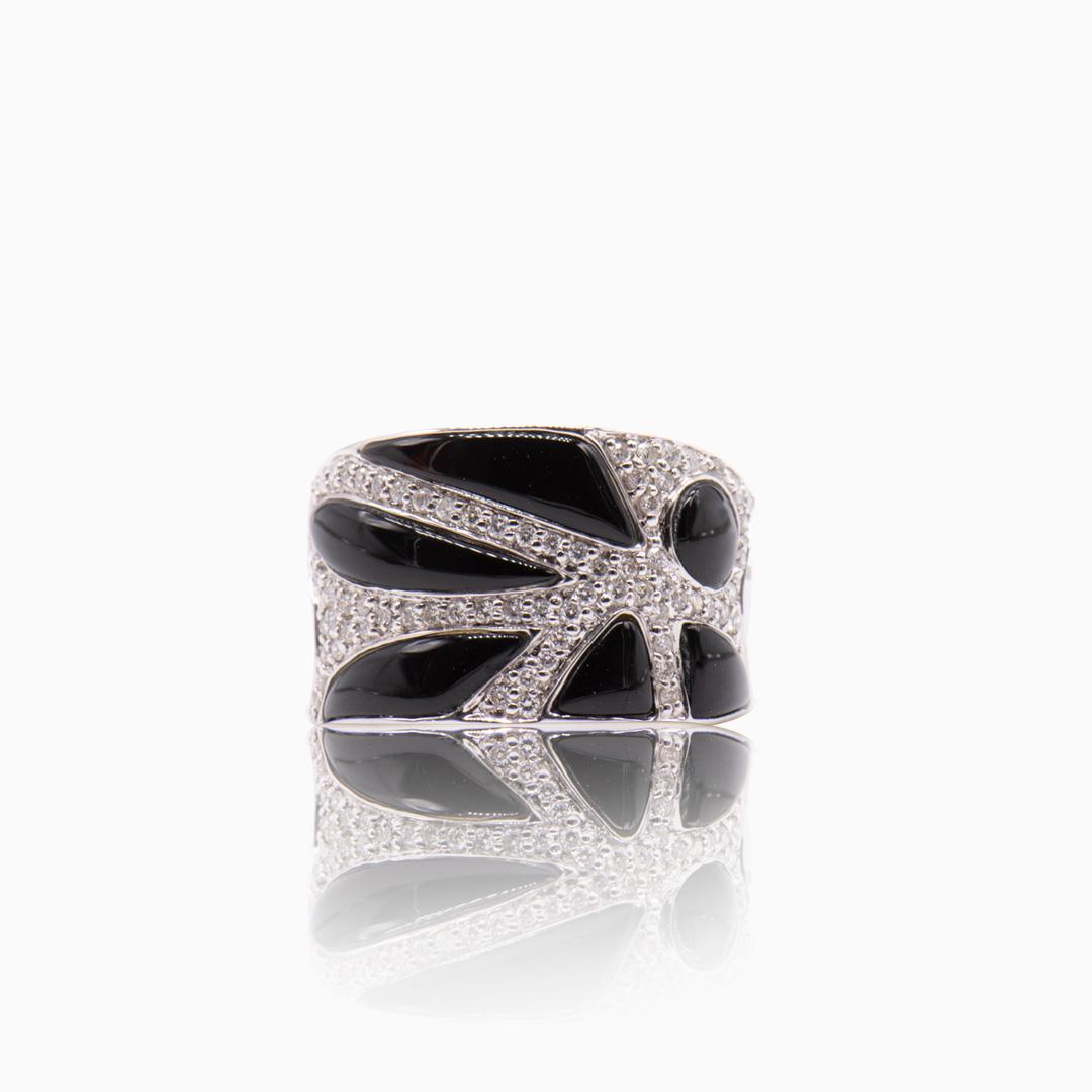 Anillo Oro Blanco Ónix y Diamantes