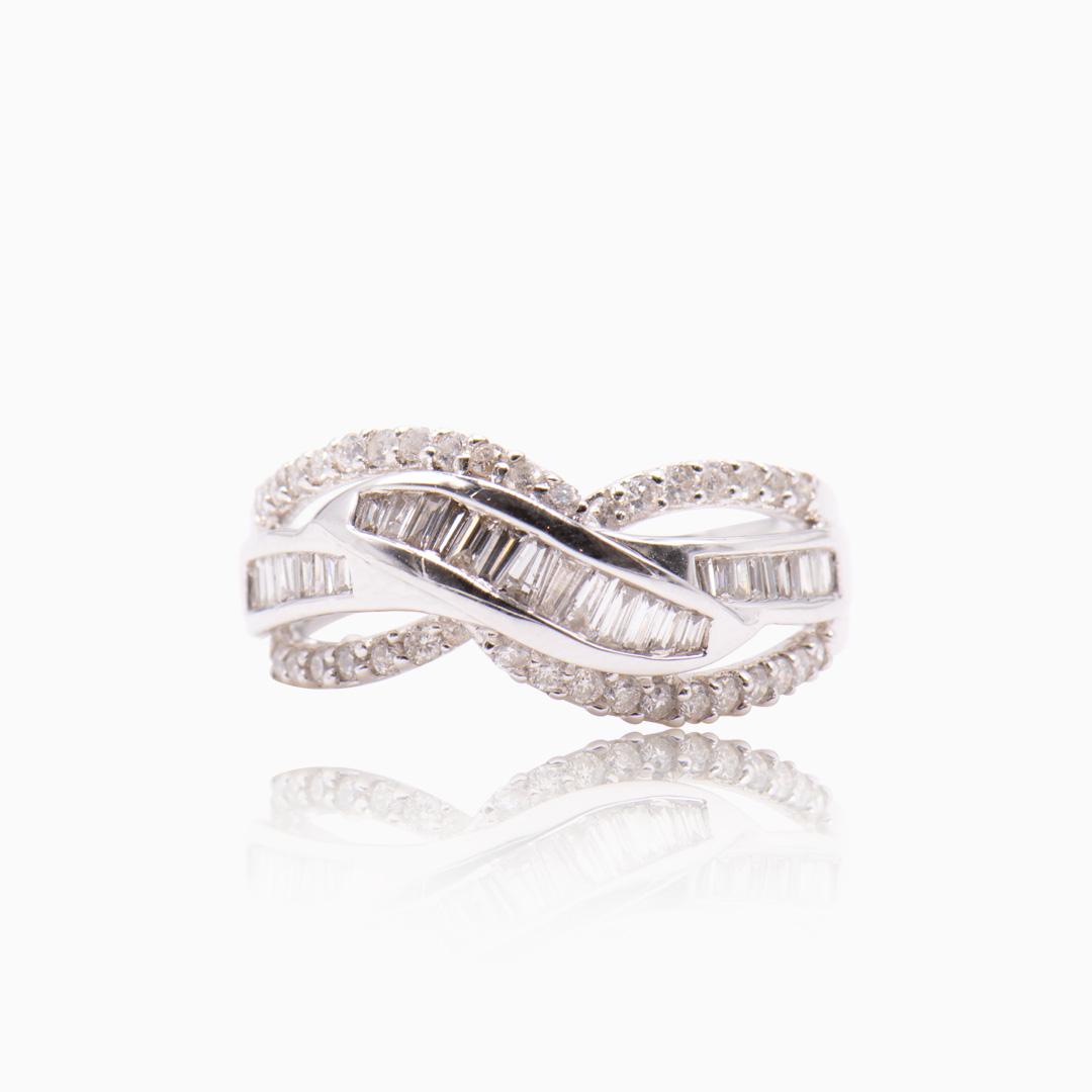 Anillo Oro Blanco y Diamantes