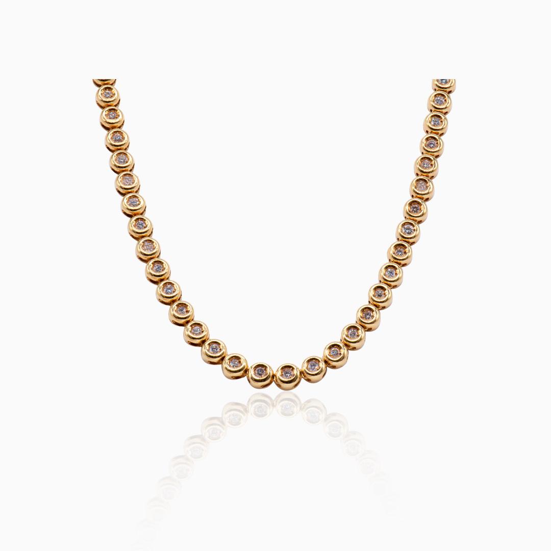 Collar Chatones de Oro y Diamantes