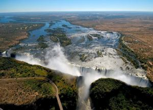 Zimbabwe, Africa tourist arrivals