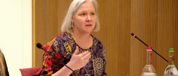 Caravans of Gold curator Kathleen Bickford Berzock speaks at Harvard's Villa I Tatti