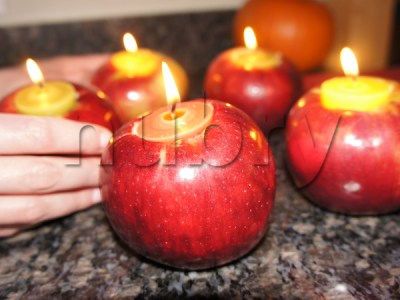 Apple Candles for Thanksgiving or Halloween - DIY Halloween Decorations