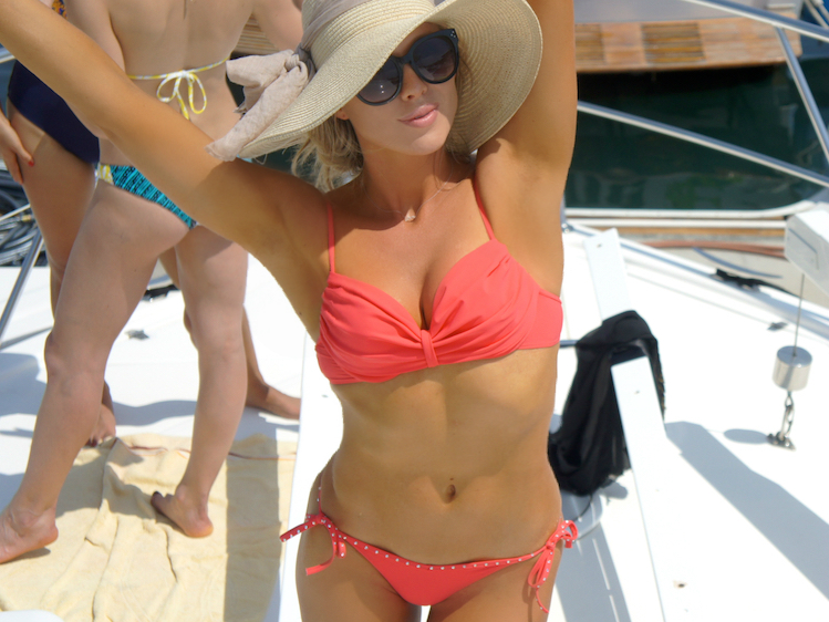 What To Wear On A Yacht In Cabo 2