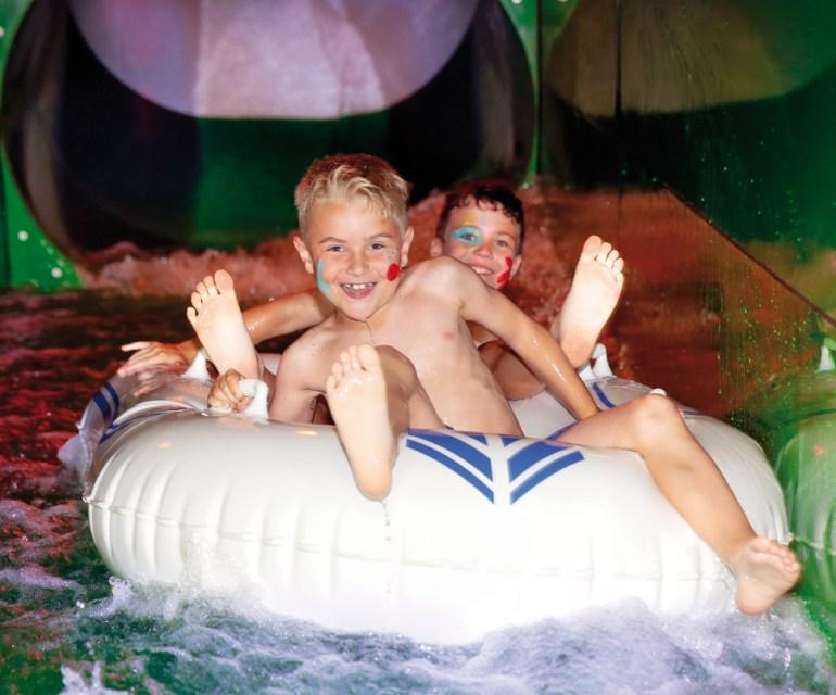 Eine gigantische Wasserrutsche für alle. © Leading Family Hotel & Resort Alpenrose