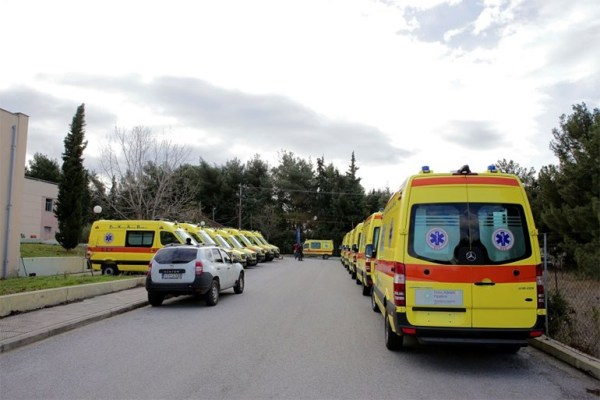 Παραδόθηκαν στο ΕΚΑΒ Θεσσαλονίκης 20 ασθενοφόρα