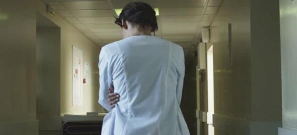 Λαμία: Σε Ψυχιατρικό Νοσοκομείο η γιατρός που απέτρεπε τον κόσμο να εμβολιαστεί