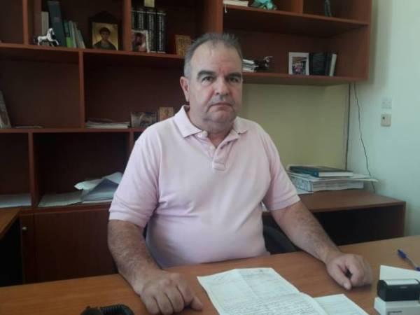 Ο Διευθυντής της Ορθοπεδικής Κλινικής του Γ.Ν. Αιγίου Δημήτρης Κανελλόπουλος
