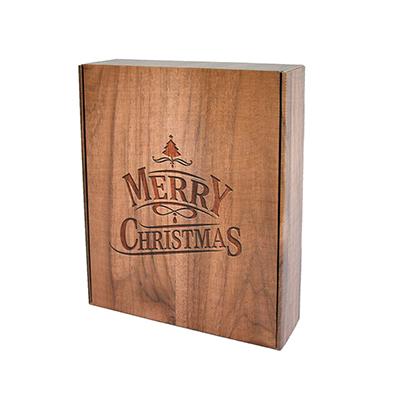 Karton-Boxen im festlichen Holzlook