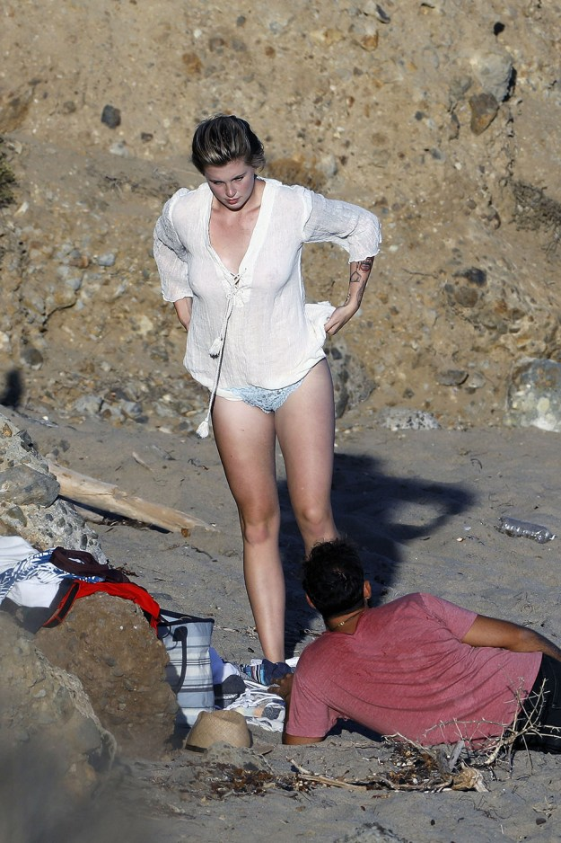 Ireland Baldwin Topless Photo Shoot the Fappening