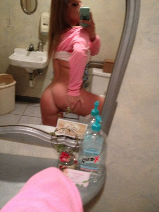 Ashley Marie Pac Nude Leaked