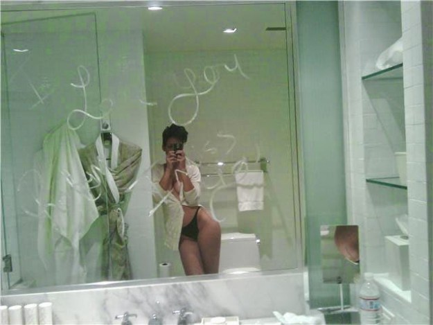 Rihanna Leaked Naked Pictures