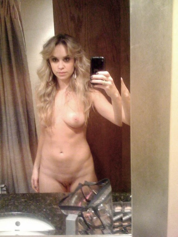 Becca Tobin Nude Photos Leaked The Fappening