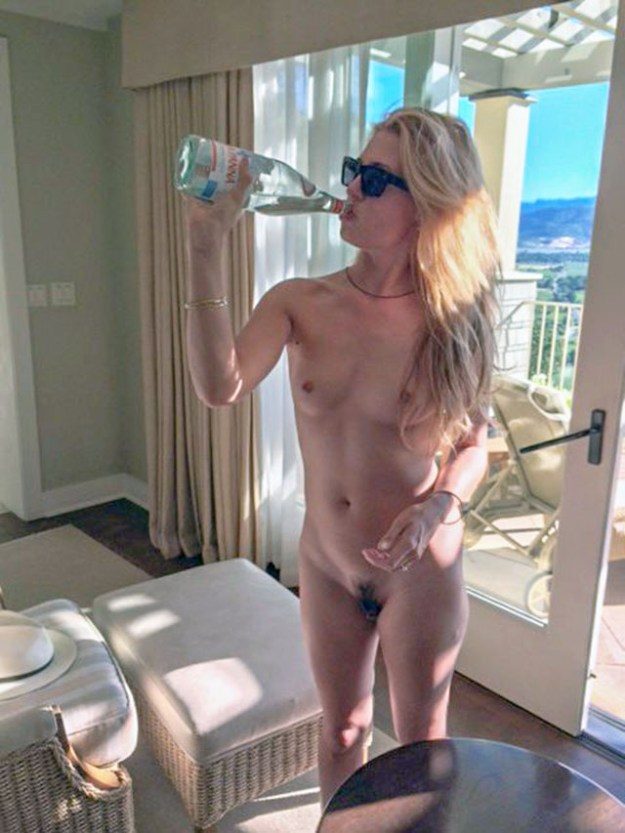 Cat Deeley nude photos leaked by The Fappening