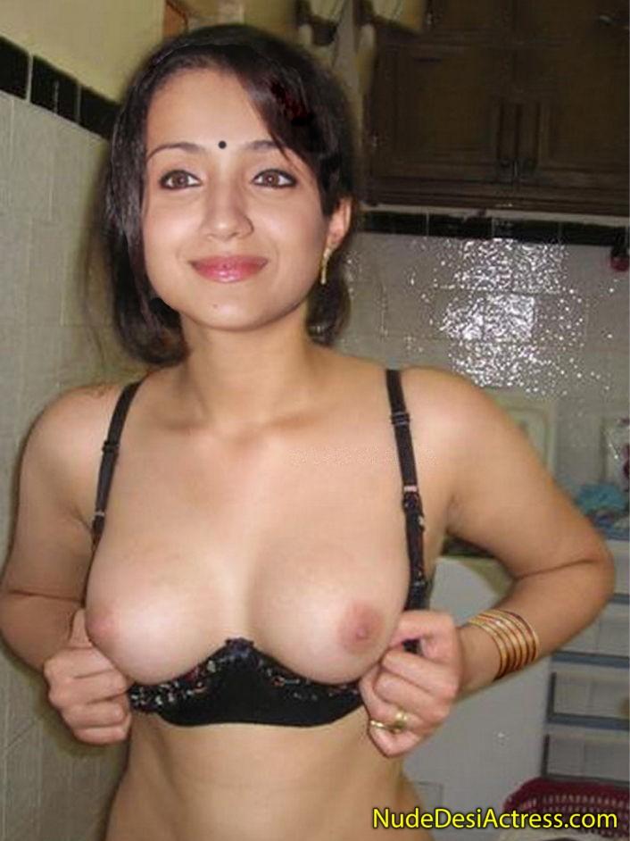 Trisha Showing boobs in bra