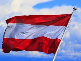 österreich_flagge_rot_weiss_austria