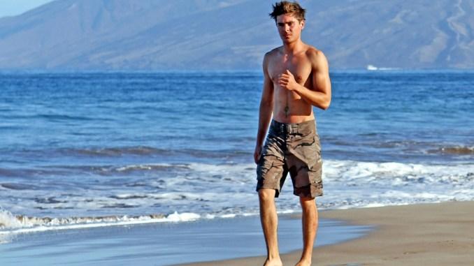 zacefron_zac_efron_beach_strand_sand_halbnackt
