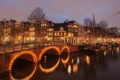 Brouwersgracht de noche-Amsterdam.