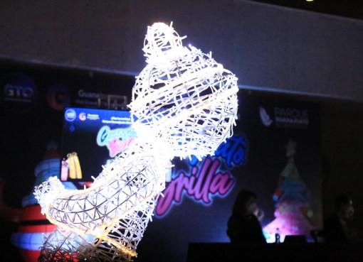 Invita PGB a villa navideña iluminada con 1,200,000 luces LED