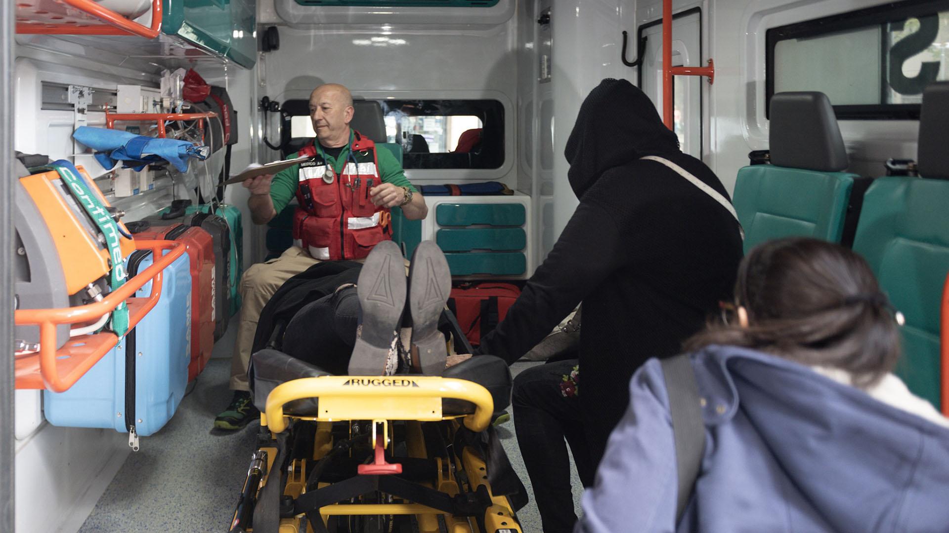 Graves demoras en la llegada de ambulancias en el Hospital El Pino