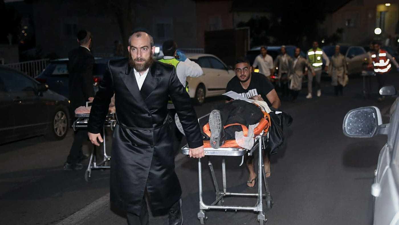 Colapsaron las gradas de una sinagoga cerca de Jerusalén: dos muertos y más de 160 heridos