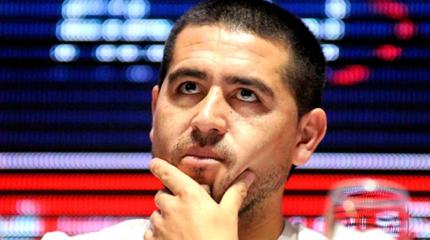 """Riquelme defendió su gestión en Boca y criticó a Angelici: """"Nos dejaron un club con deudas"""""""