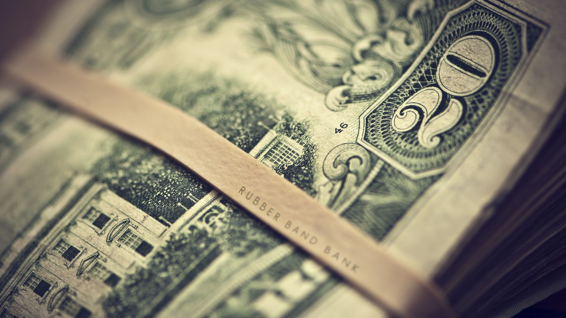 El dólar blue sigue subiendo: $184