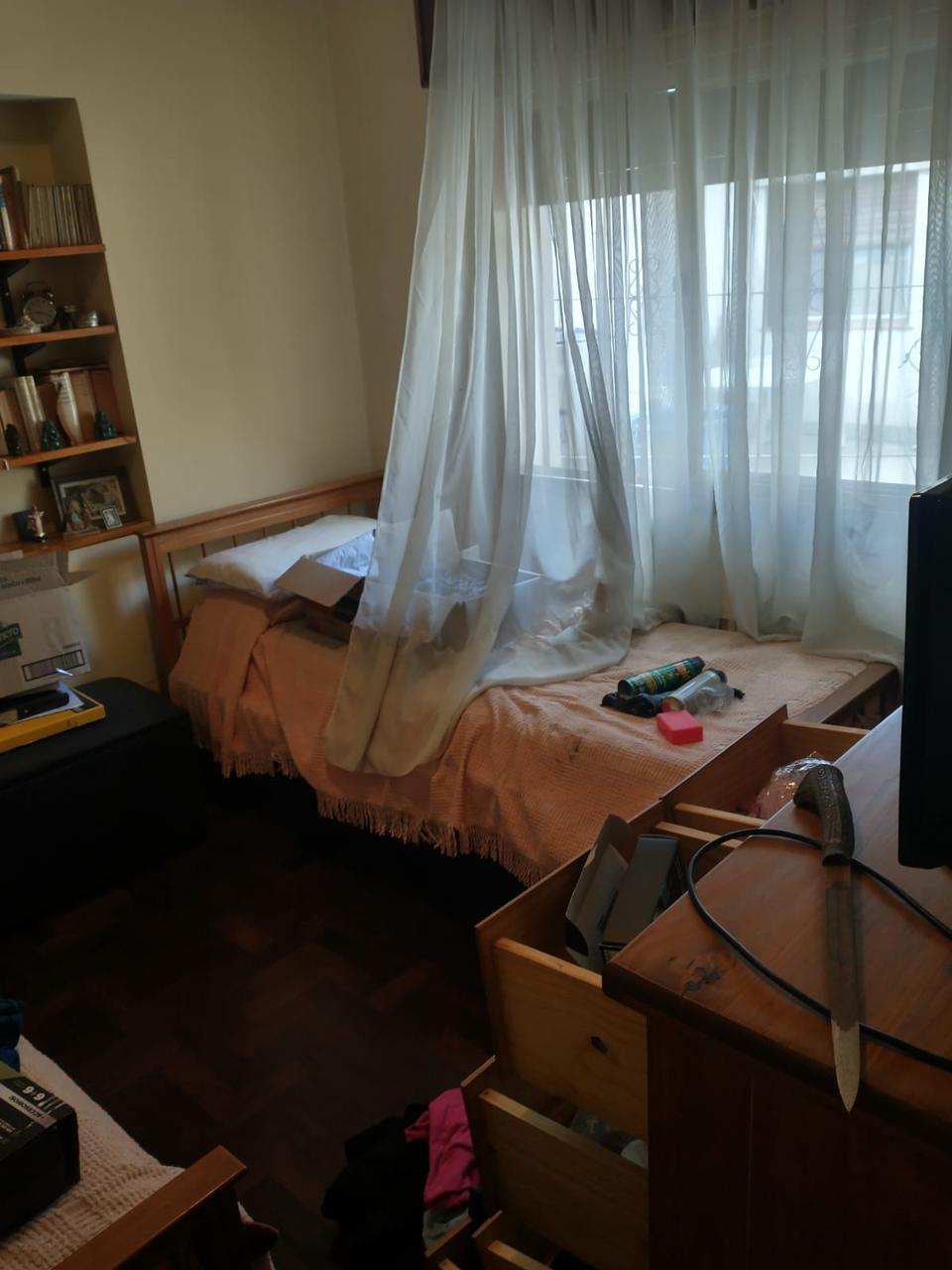 La Plata: fueron a renovar el DNI y les desvalijaron la casa
