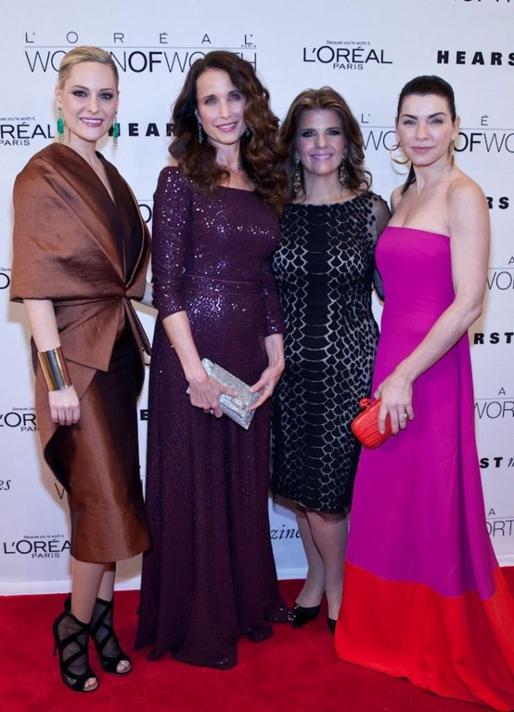 Las portavoces de L'Oréal Paris, Andie MacDowell, Julianna Margulies y Aimee Mullins, y las celebridades invitadas Arianna Huffington, Allison Williams y Trisha Yearwood se reunieron anoche en el Hearst Tower para honrar a diez mujeres ejemplares/ (Foto PR Newswire)