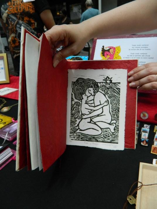 Libros artesanales creados por Tanya Torres (Foto Nueva York Digital)