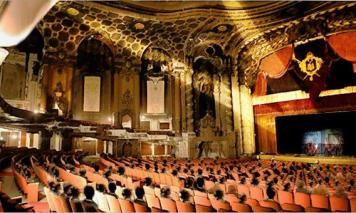 Loews_Theatre_SeatsAndStage