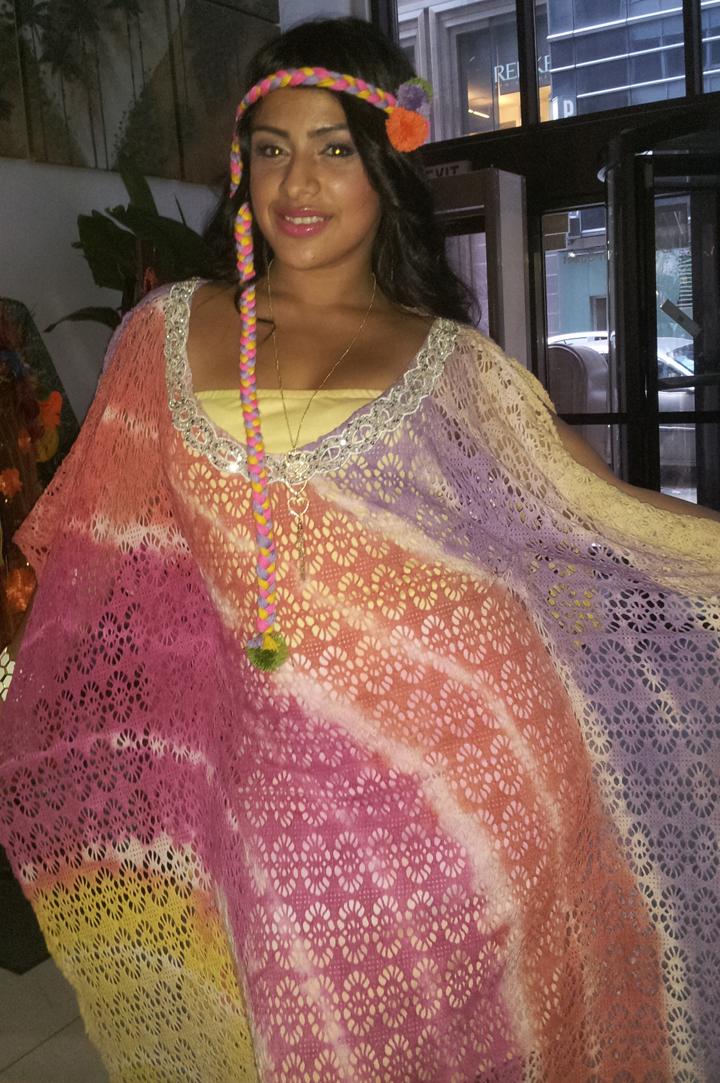 """Keidy Amaya, diseñadora de modas, nos trae """"Mantas Guajiras y Mochilas"""", inspirada en el arte indígena Wayuu de Colombia."""