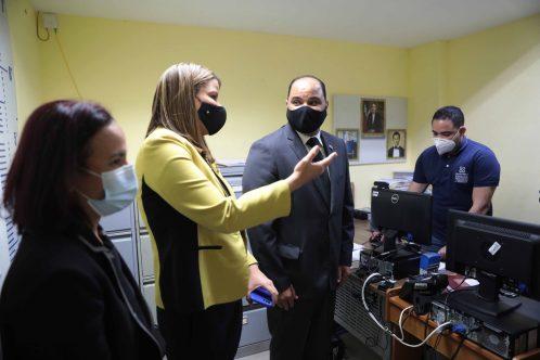 Defensa del Pueblo pondera condiciones de internos cárcel preventiva de Ciudad  Nueva