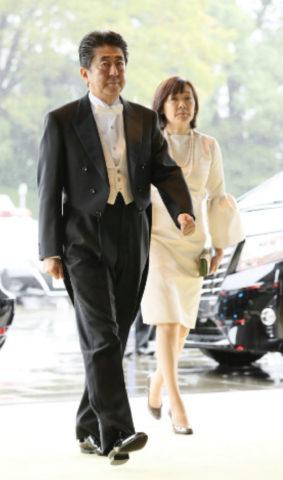 昭恵 夫人 服装