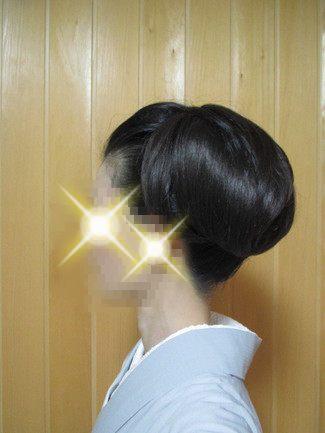 自分で出来る和髪・着物簡単セルフヘアアレンジ・ウイッグ使いスタイル・バリューム大の左側