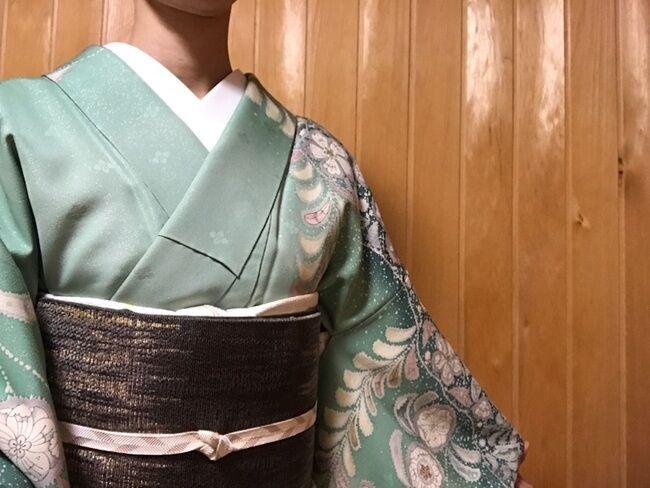 辻が花の訪問着に市松崩しの袋帯のコーディネート・装い