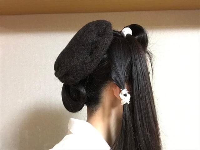 着物の髪型 40代50代 簡単に自分で出来る訪問着に合う和装ヘアアレンジ ロング 途中経過3
