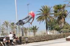 A biker catches air while in the Marbella skatepark. Skate parks are used by more than just skateboarders. Bikes, scooters, and rollerblades are also used to perform tricks. Photo by Clara Cutbill.