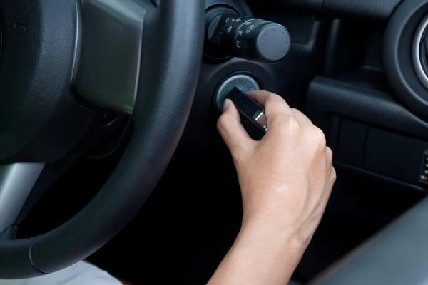 Berbagai Penyebab Mobil Tidak Bisa di Starter - Mobil Susah Starter
