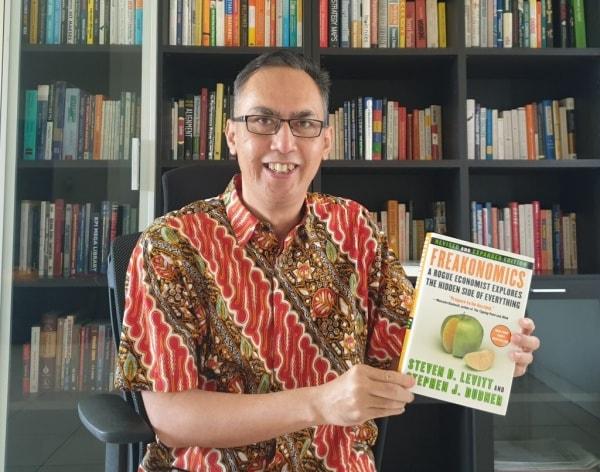 Yodhia Antariksa: Blogger Bisnis Ternama dan Konsultan Manajemen SDM - Yodhia Antariksa