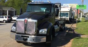 2017 Kenworth T880 Roll-Off Truck - front view