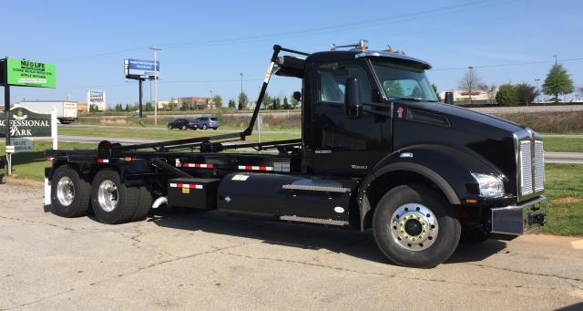 2017 Roll-Off Truck - Kenworth T880 CNG