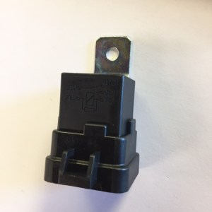 Relay, with Skirt and Mounting Bracket HE-87411B