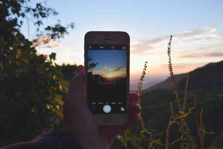 Apple Falls Behind in Smartphone photography