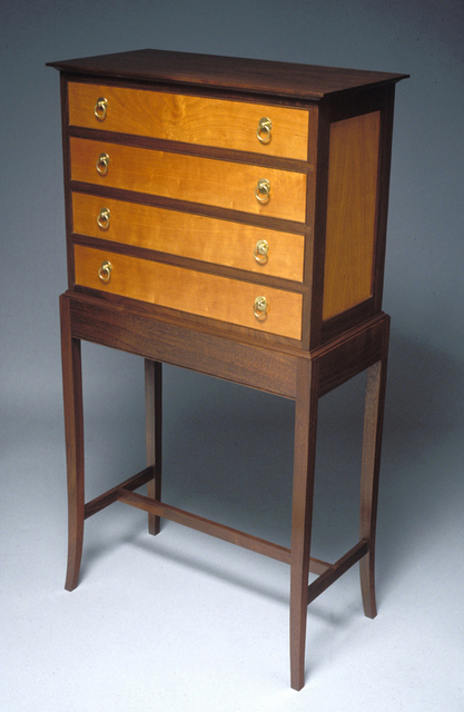 5 bellanca chest on stand-001