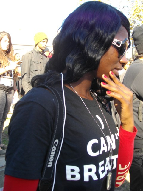 I Can't Breathe shirt to protest the death of Eric Garner