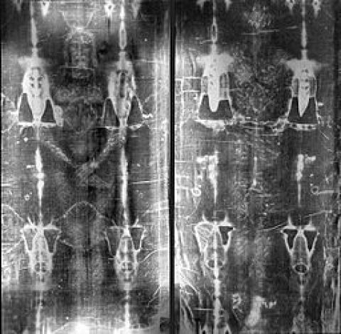 256px-full_length_negatives_of_the_shroud_of_turin
