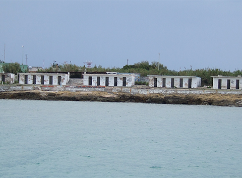 abandoned-white-buildings-brindisi