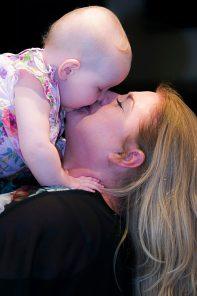 הריון ולידה הם חלק מהזהות שלנו