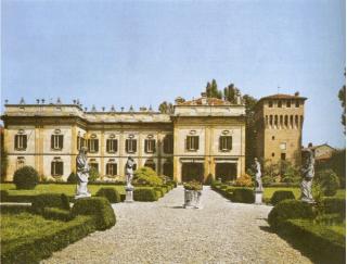 La Villa Griffoni Sant'Angelo vista dal lato occidentale