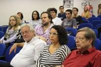 Público presente no encontro - Foto Julia Dócolas